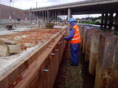nagelhout-hardhouten-betonomkleding-2